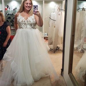 Haley Paige Halo wedding dress